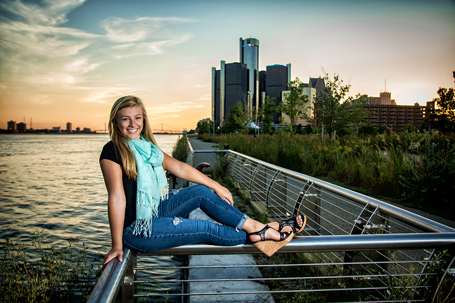 Senior Picture Detroit Riverfront - Macomb County Senior